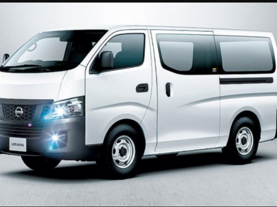 15 Seater Urvan/Hiace for rent 66262696