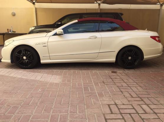 Excellent Mercedes E350 Convertible 2012 NO PAINT