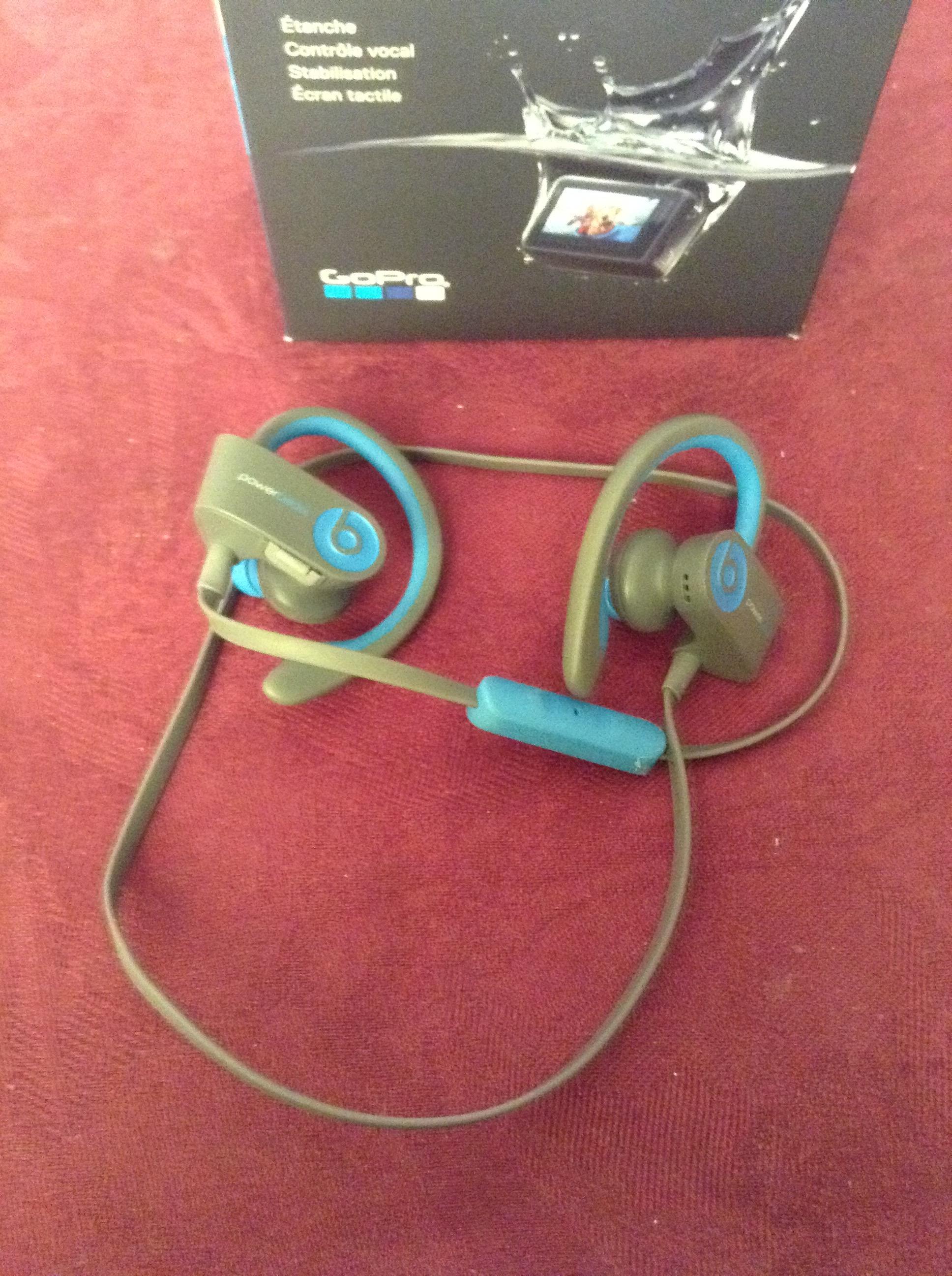 powerbeats2 wireless earbuds