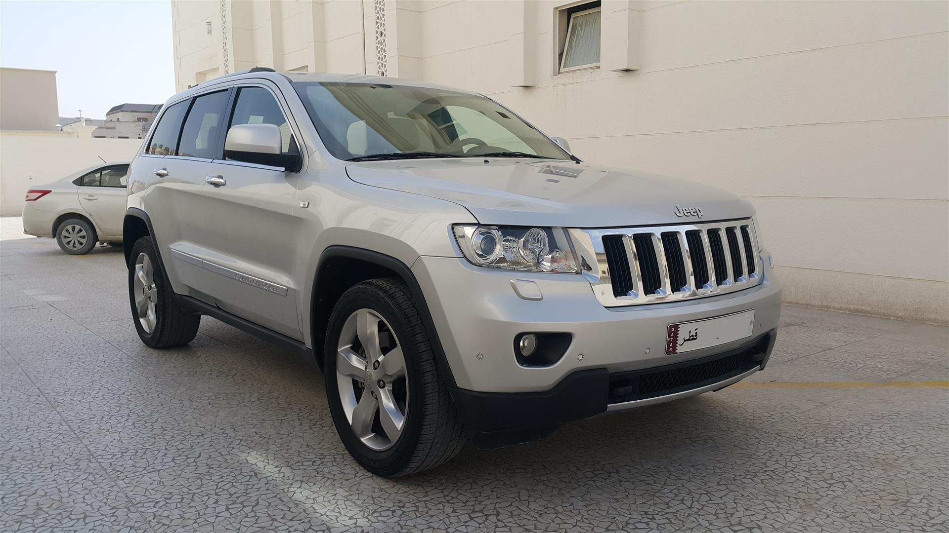 2013 Jeep Grand Cherokee (Limited) in brand new co