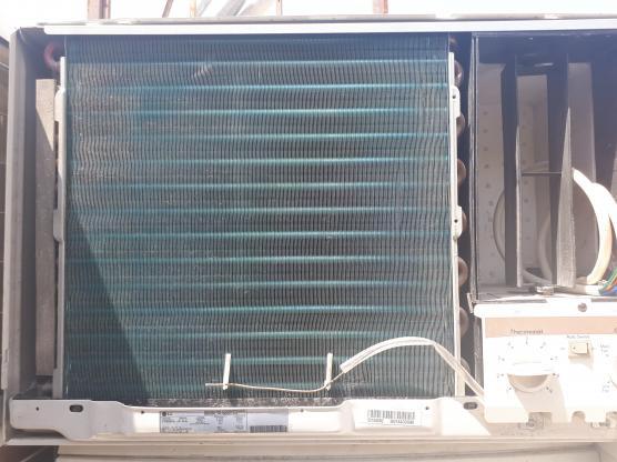 LG WINDOW A.C GOOD QUALITY FOR SALE 450QR 30728662