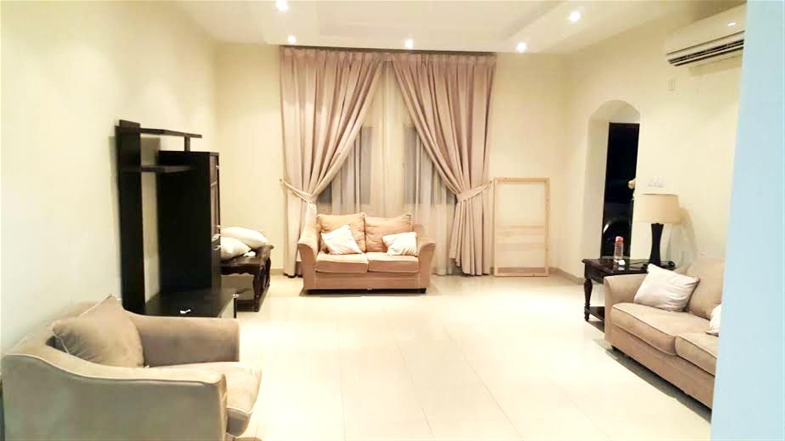 (no commission) nice 3-bedroom + maidroom furnishe
