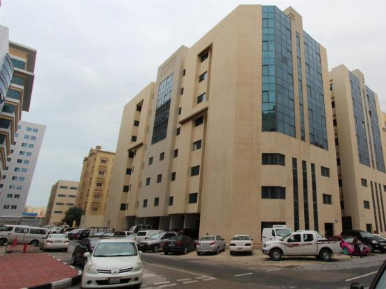 Amazing flat behind lulu hyper market,