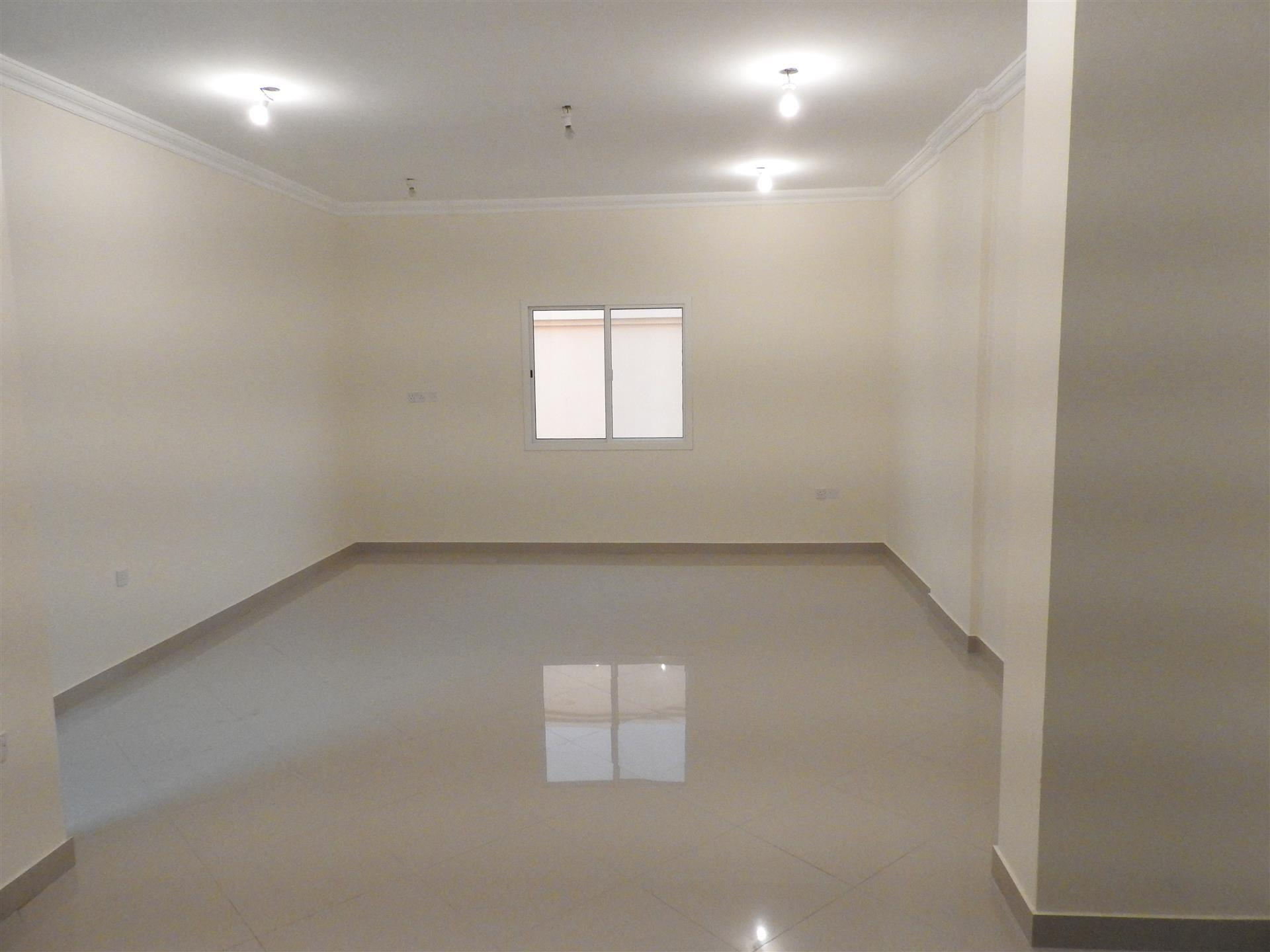 Spacious 2 BHK Available in Mansoura