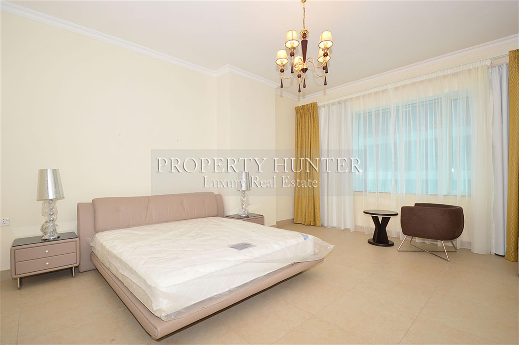 Classic 3 + maid's room apartment