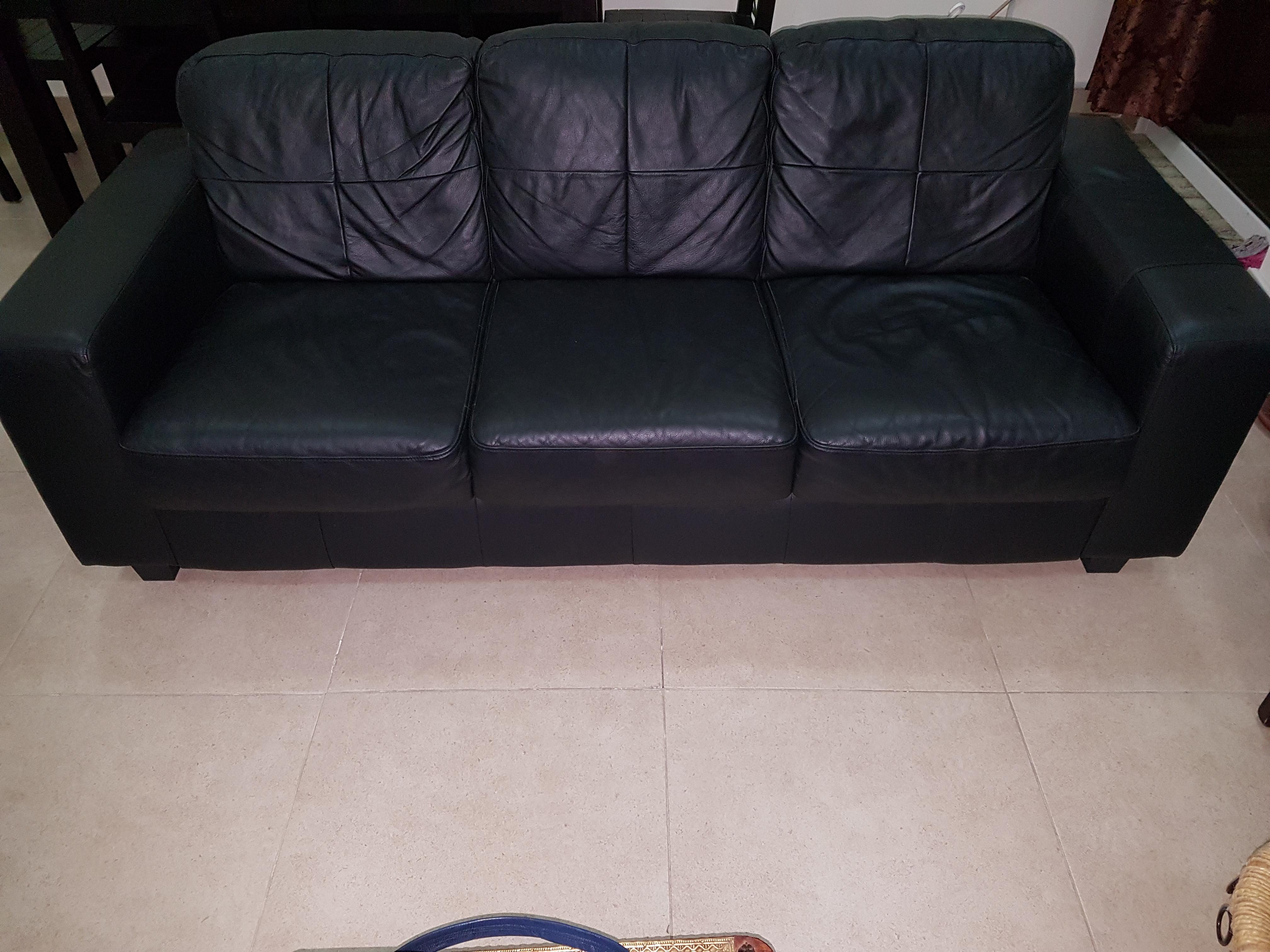 3 seater leather sofa on sale | Qatar Living