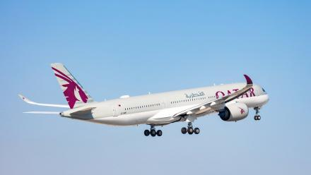Qatar Airways to become first global airline to offer passengers 'zero-touch' in-flight entertainment