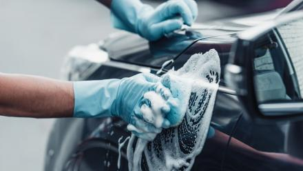 MoCI bans outdoor car washing in malls and commercial streets