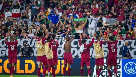 Qatar withstand El Salvador's late rally to reach Gold Cup semifinals