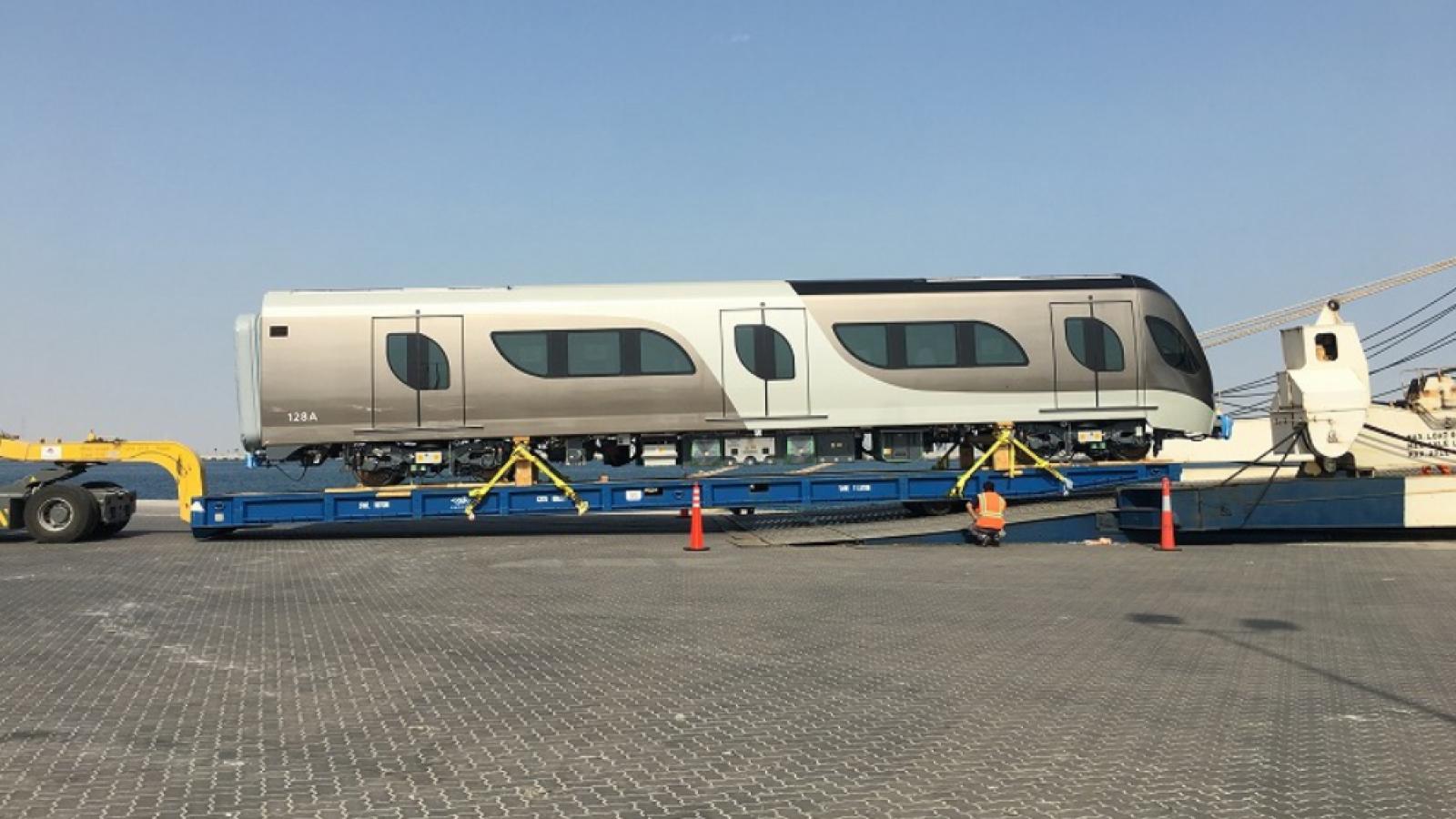 WATCH: Qatar Rail received a batch of two additional trains at Hamad Port