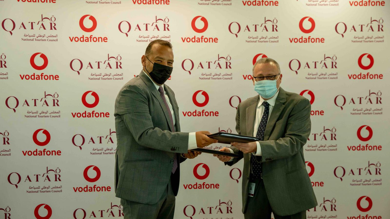 Vodafone and Qatar National Tourism Council sign MoU to exploit big data analytics