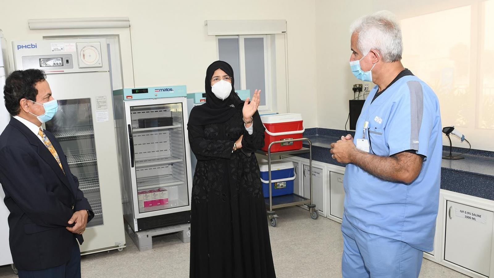 Minister of Public Health visits new COVID-19 vaccination center in Industrial Area