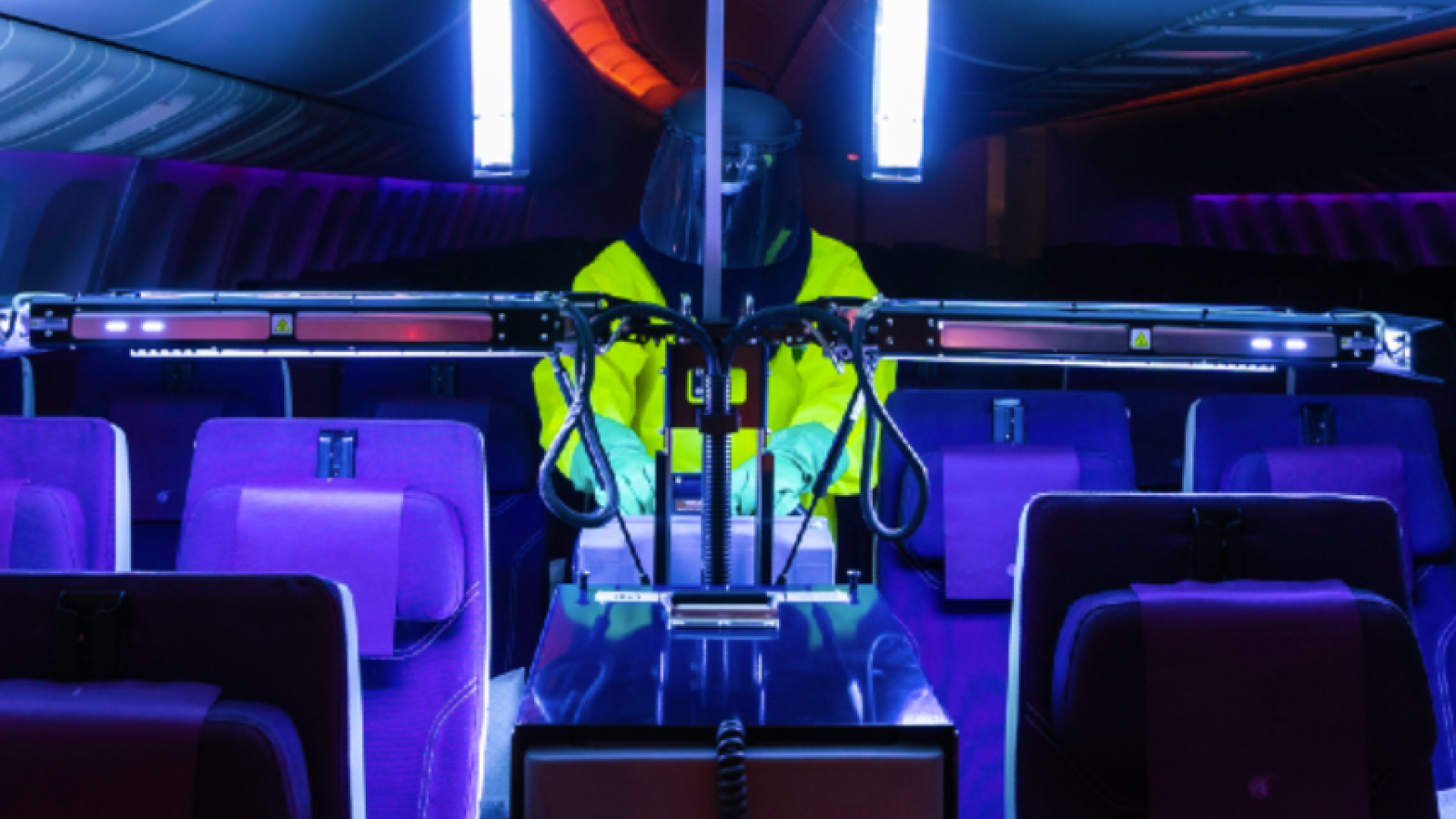 Qatar Airways introduces the latest version of Honeywell's Ultraviolet Cabin Disinfection technology on board