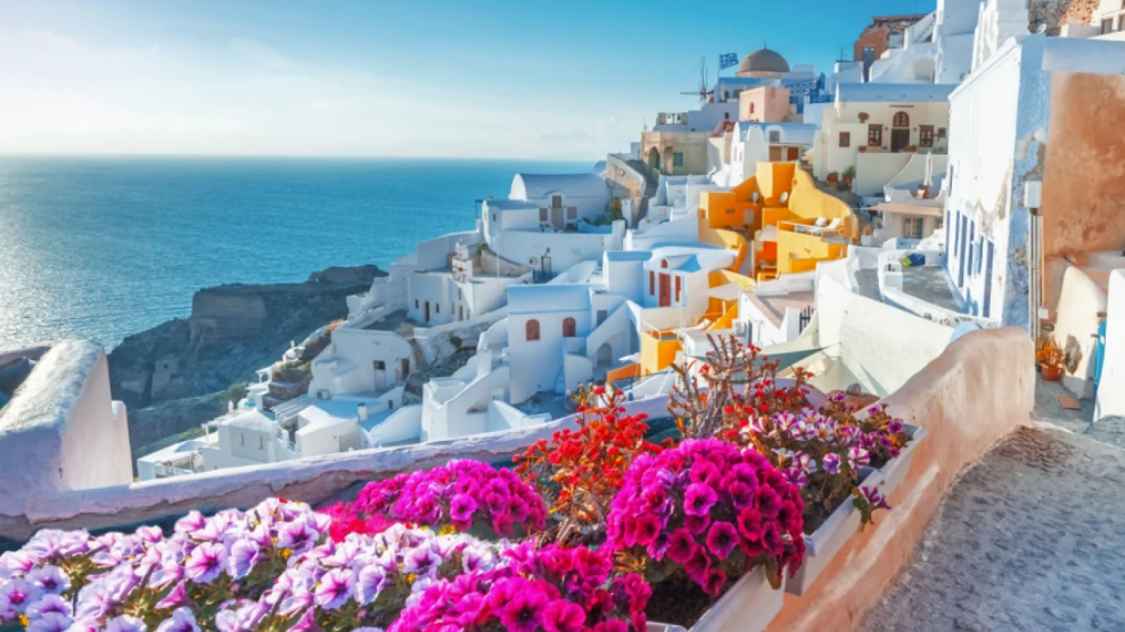 Qatar Airways Holidays launches a seven night Greek Island-hopping experience