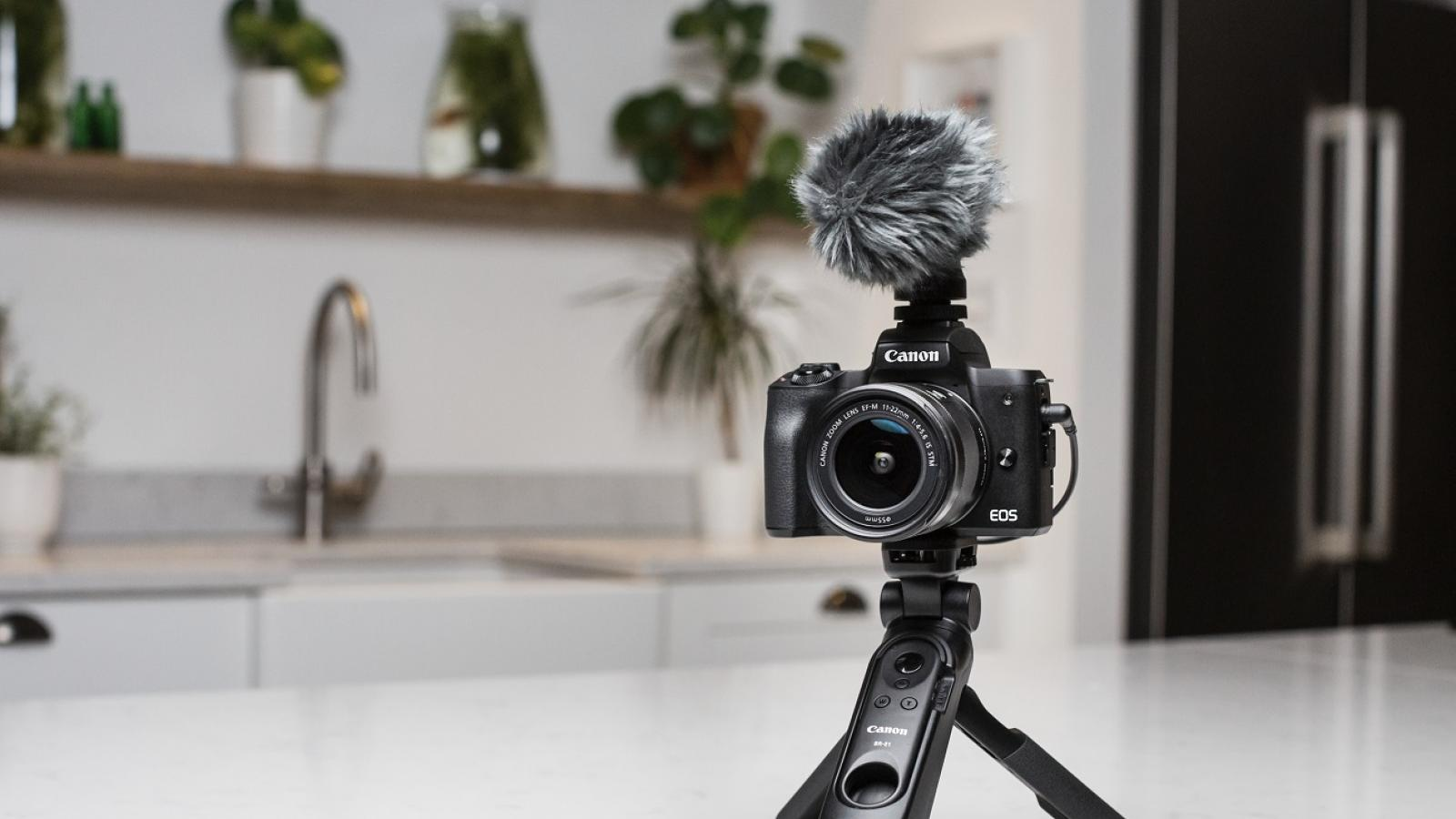 5 of the best cameras for vlogging in Qatar