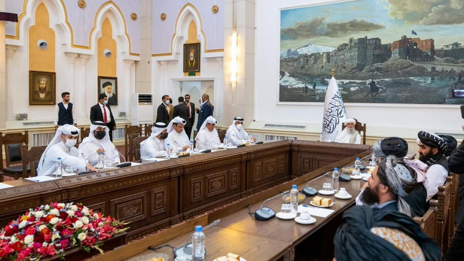 Qatar's FM discusses peace efforts with officials in Afghanistan