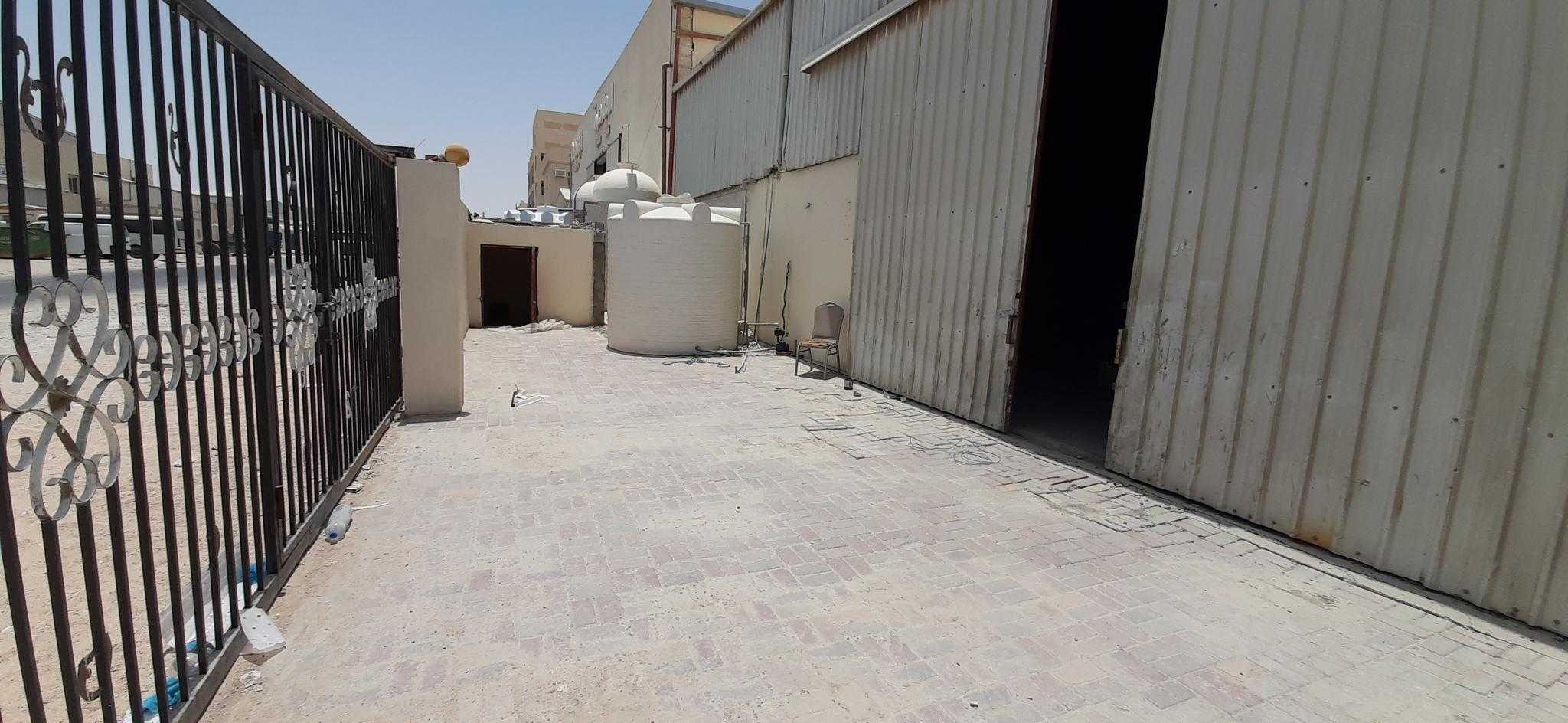 350 SQM STORE FOR RENT IN INDUSTRIAL AREA