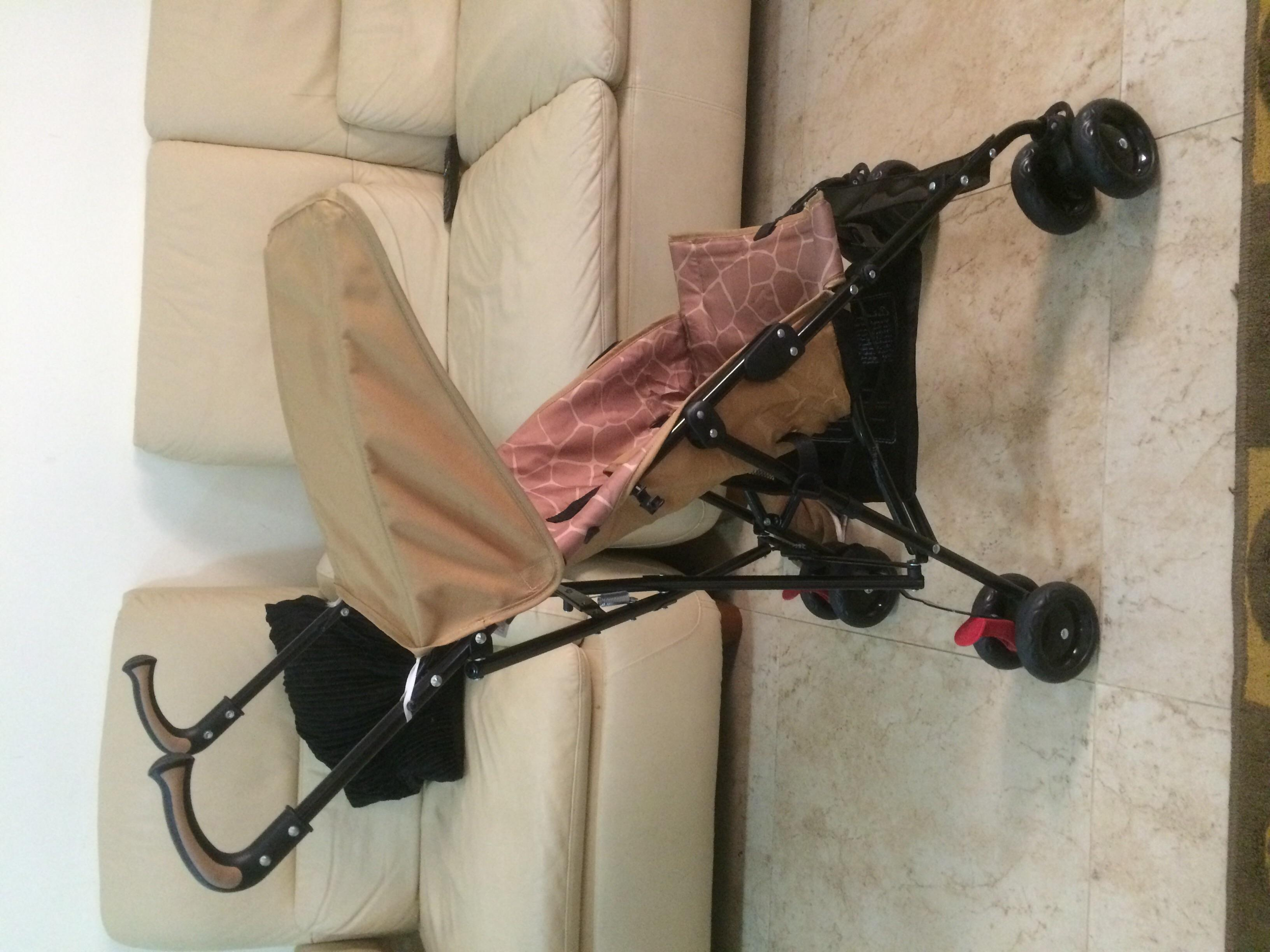 Baby stroller, light and good for traveling