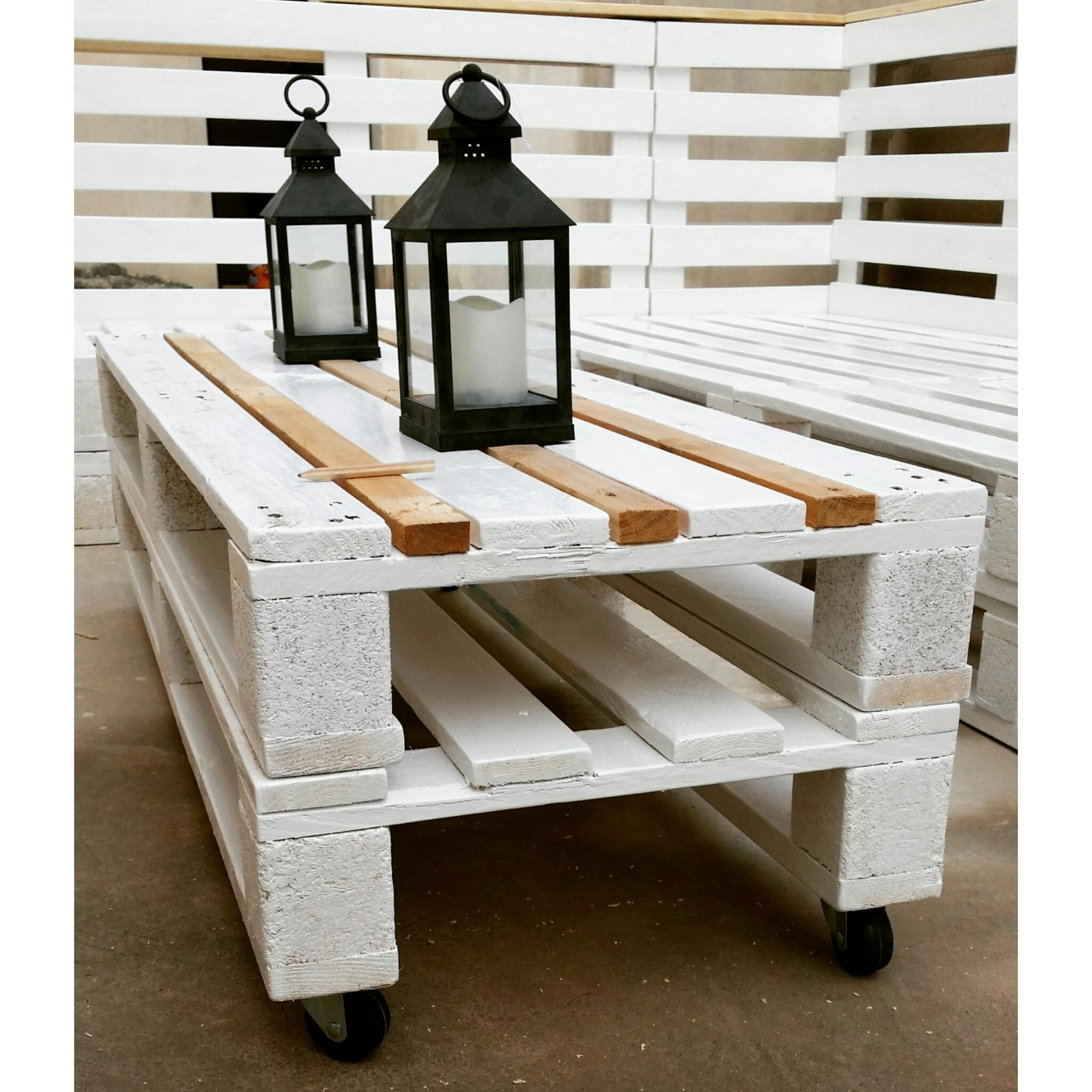 home qatar order items pallets bench furniture living from goods outdoor advert