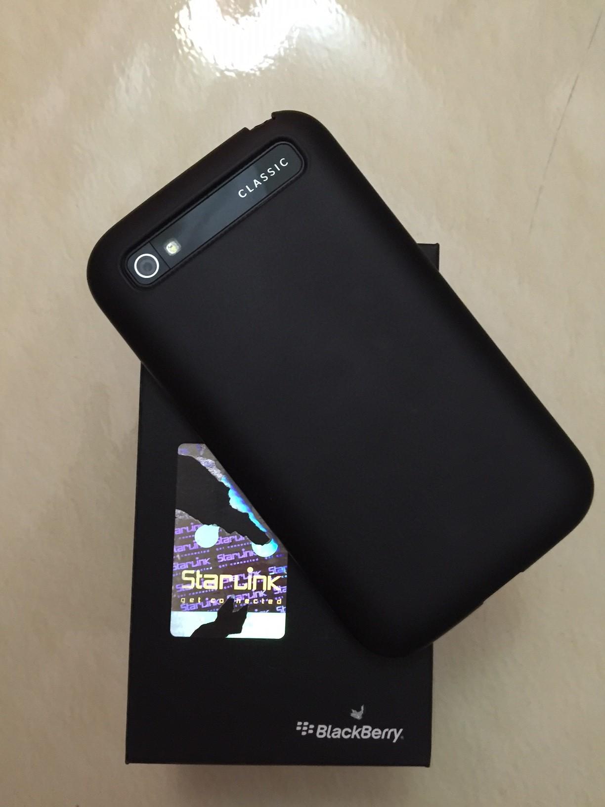 Blackberry Q20 Classic Qatar Living Black