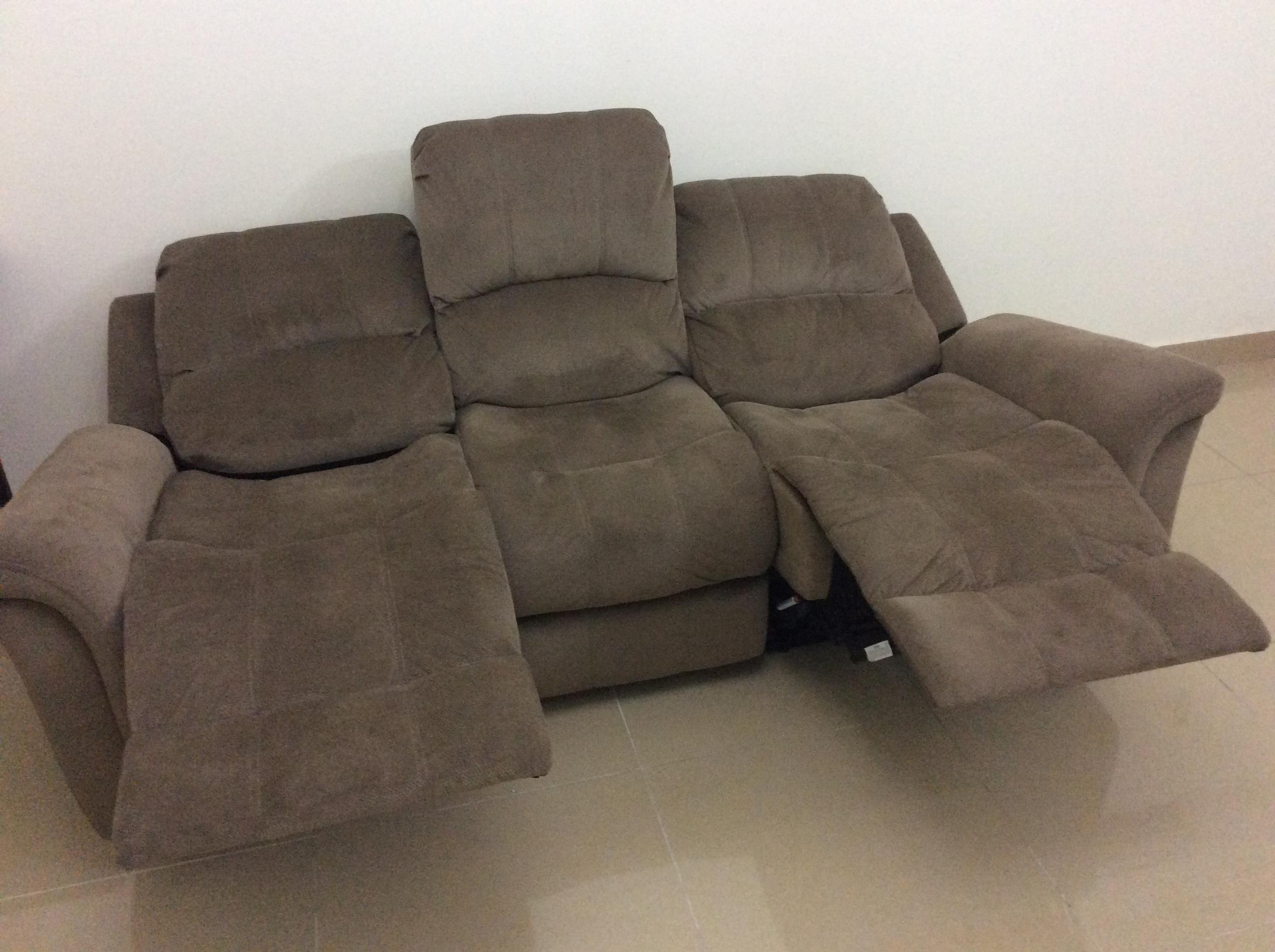 Outstanding 6 Months Old 3 Seater Sofa 2 Seats Reclining With Leg Theyellowbook Wood Chair Design Ideas Theyellowbookinfo