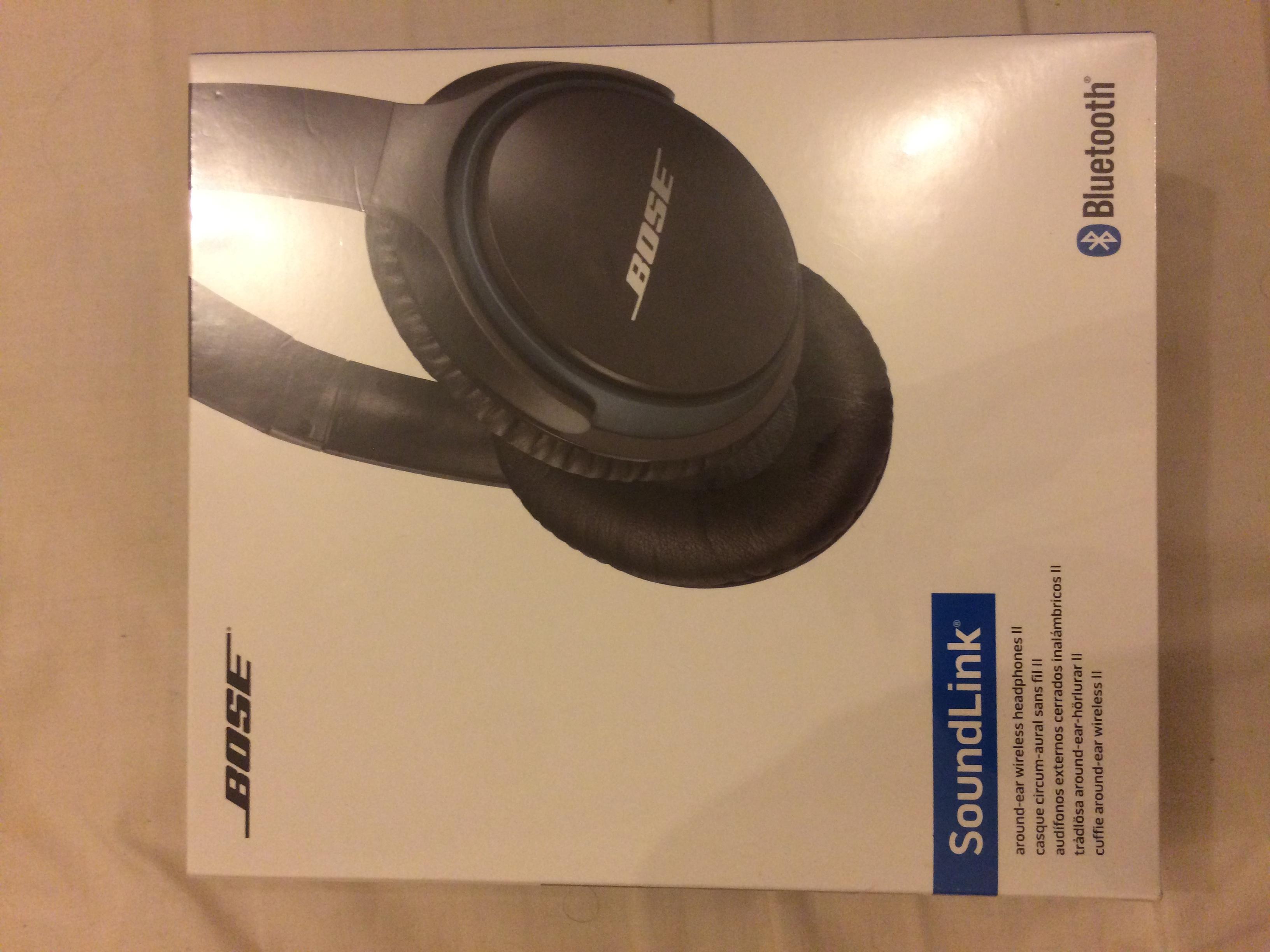 Bose SoundLink Around-Ear Wireless Headphones II  0491174a20d33
