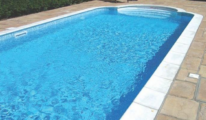 Swimming Pool, Spa,Jacuzzi Cleaning Maint.
