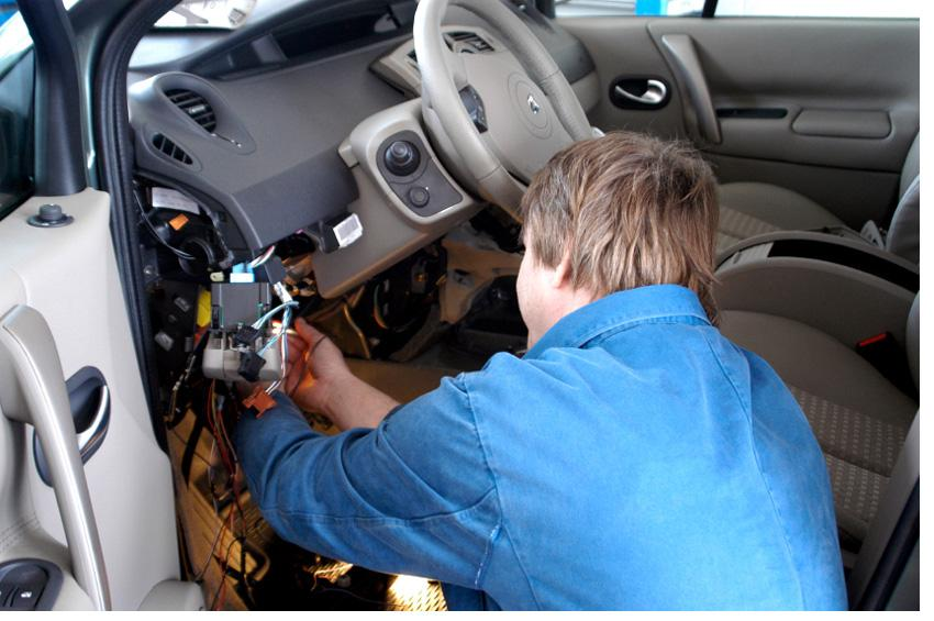 CAR ACCESSORIES INSTALLATION SERVICE | Qatar Living