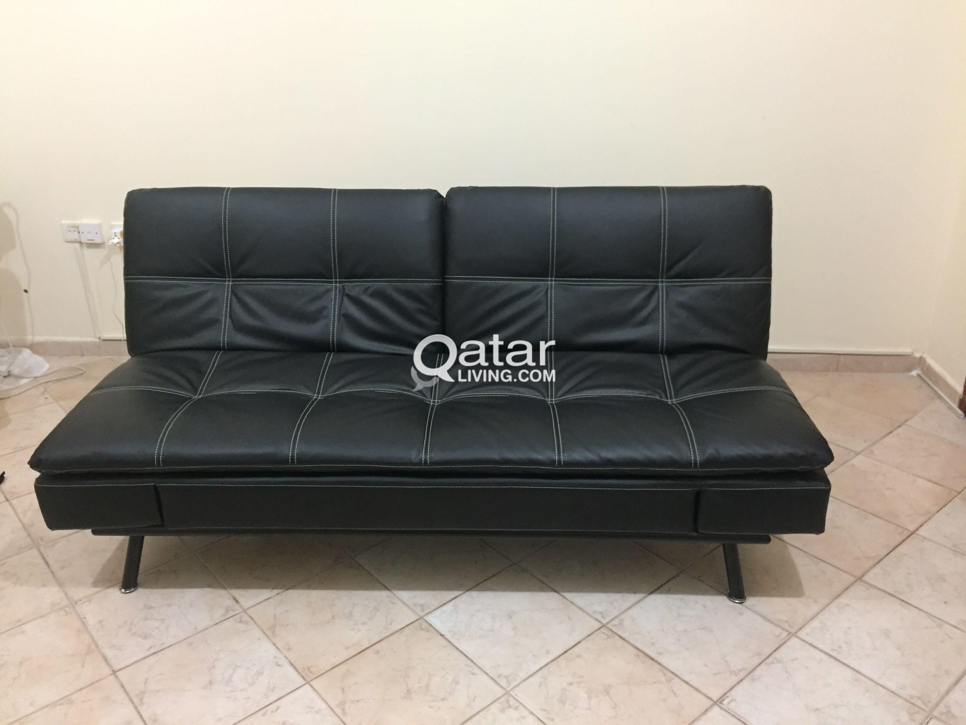 Sofa r us great condition sofa set from home r us used for Sofa bed qatar living