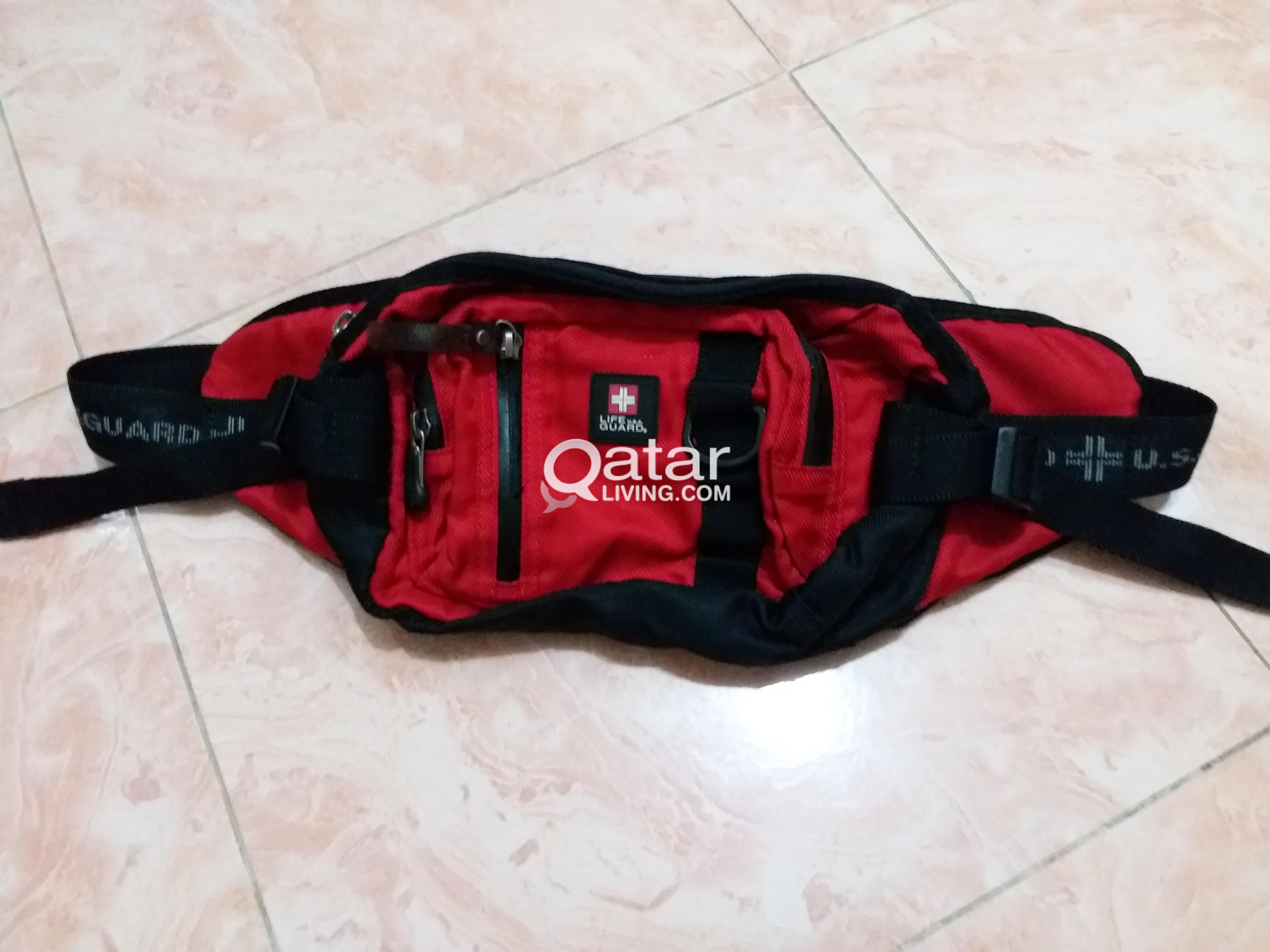bee3c06d47f Mens waist Bags   Qatar Living