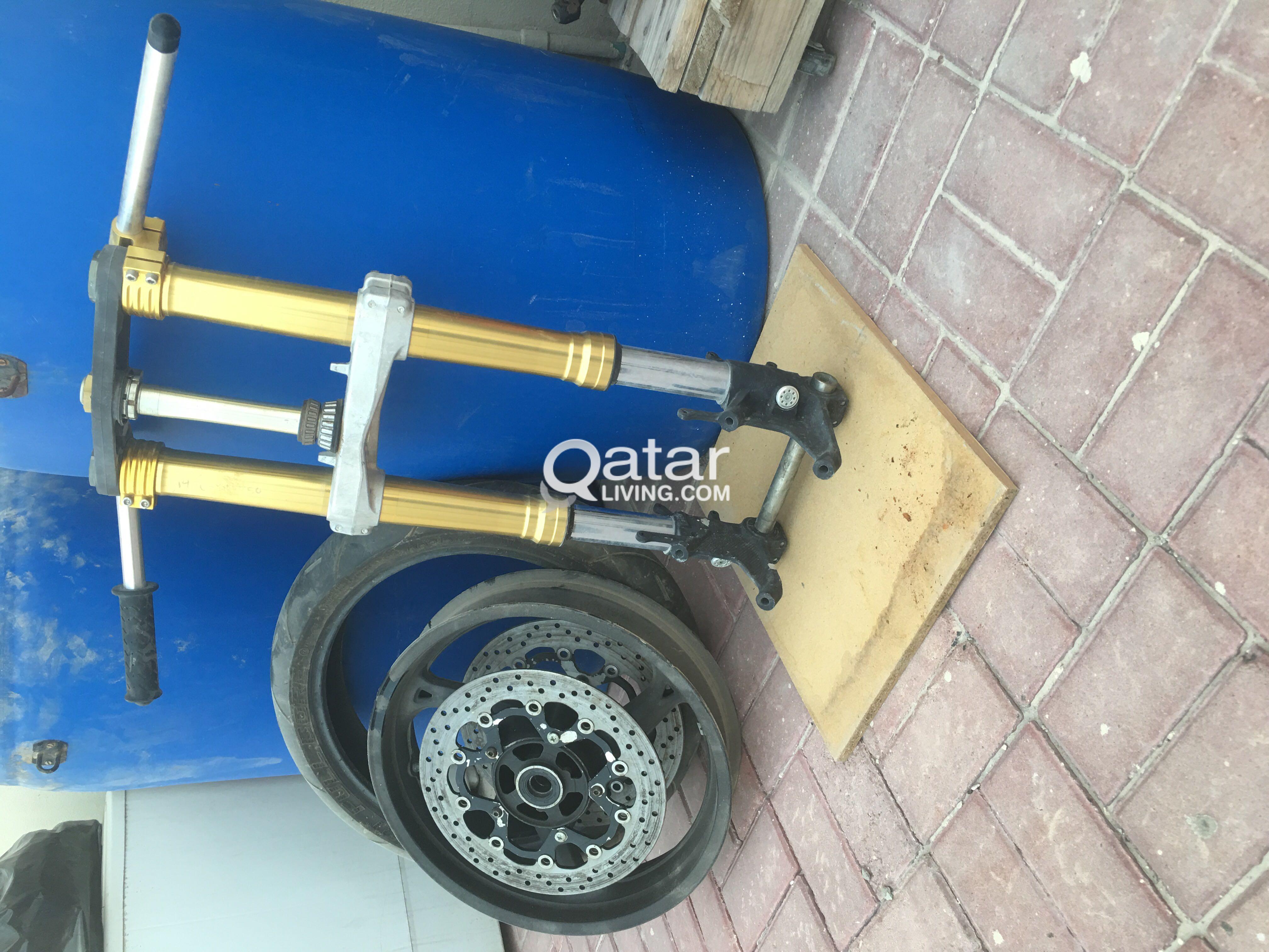 2014 Suzuki GSXR 750 front end fork assembly | Qatar Living