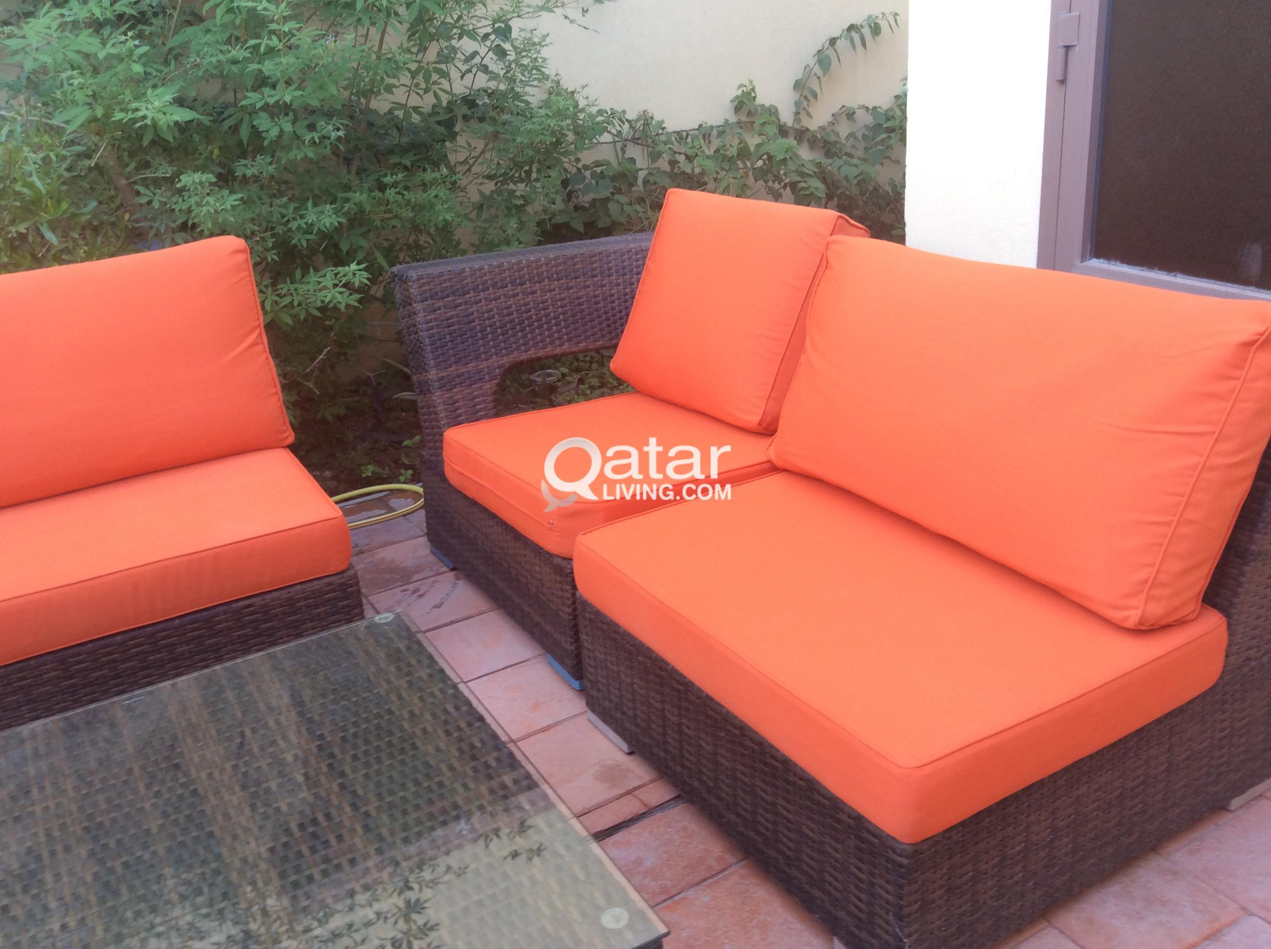 Extraordinary outdoor furniture qatar living gallery for Outdoor furniture qatar