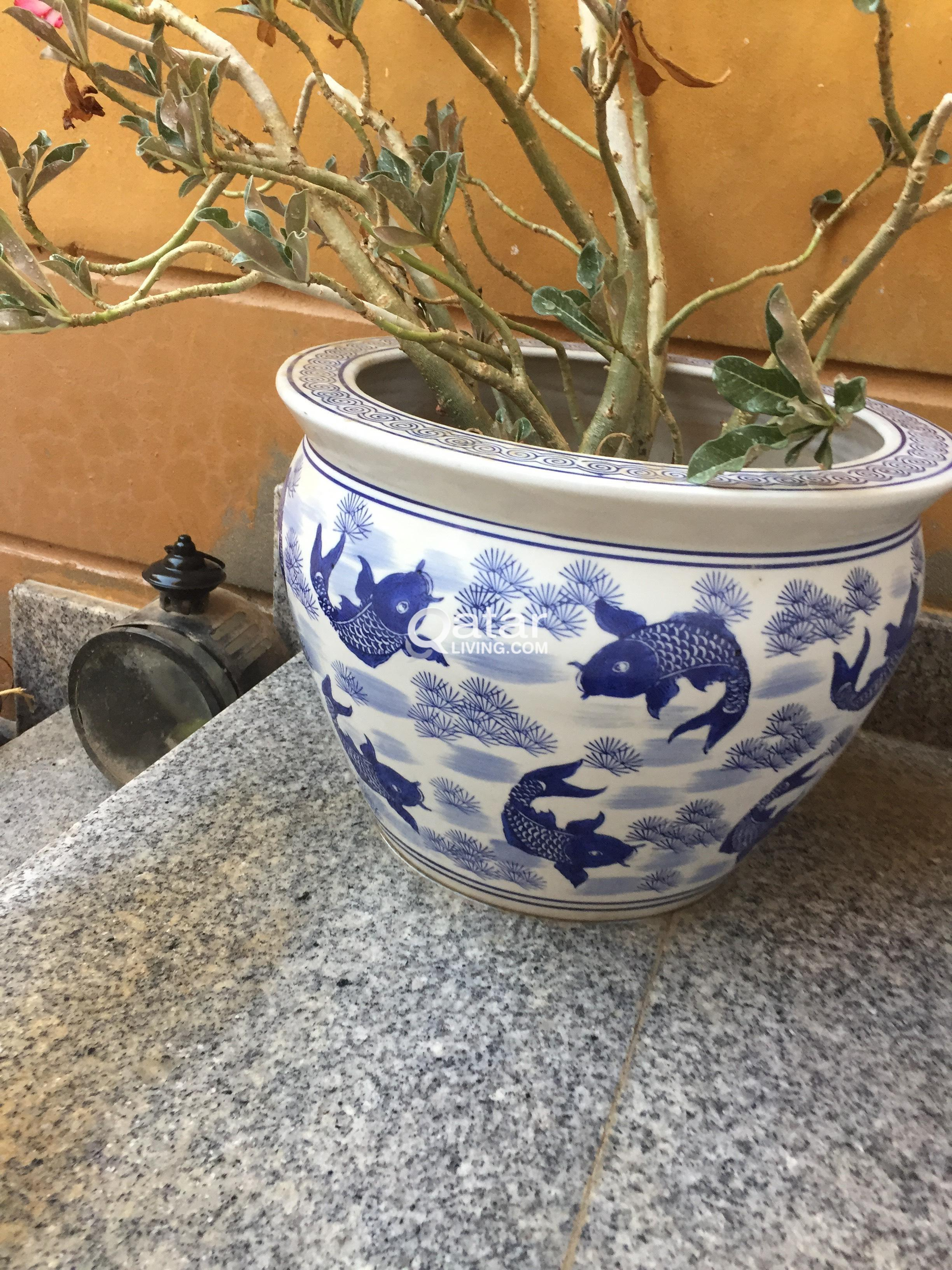 Le Information Moving Chinese Blue And White Porcelain Flower Pots