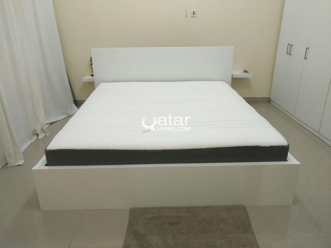 ikea king size bed 4 storage drawers mattress