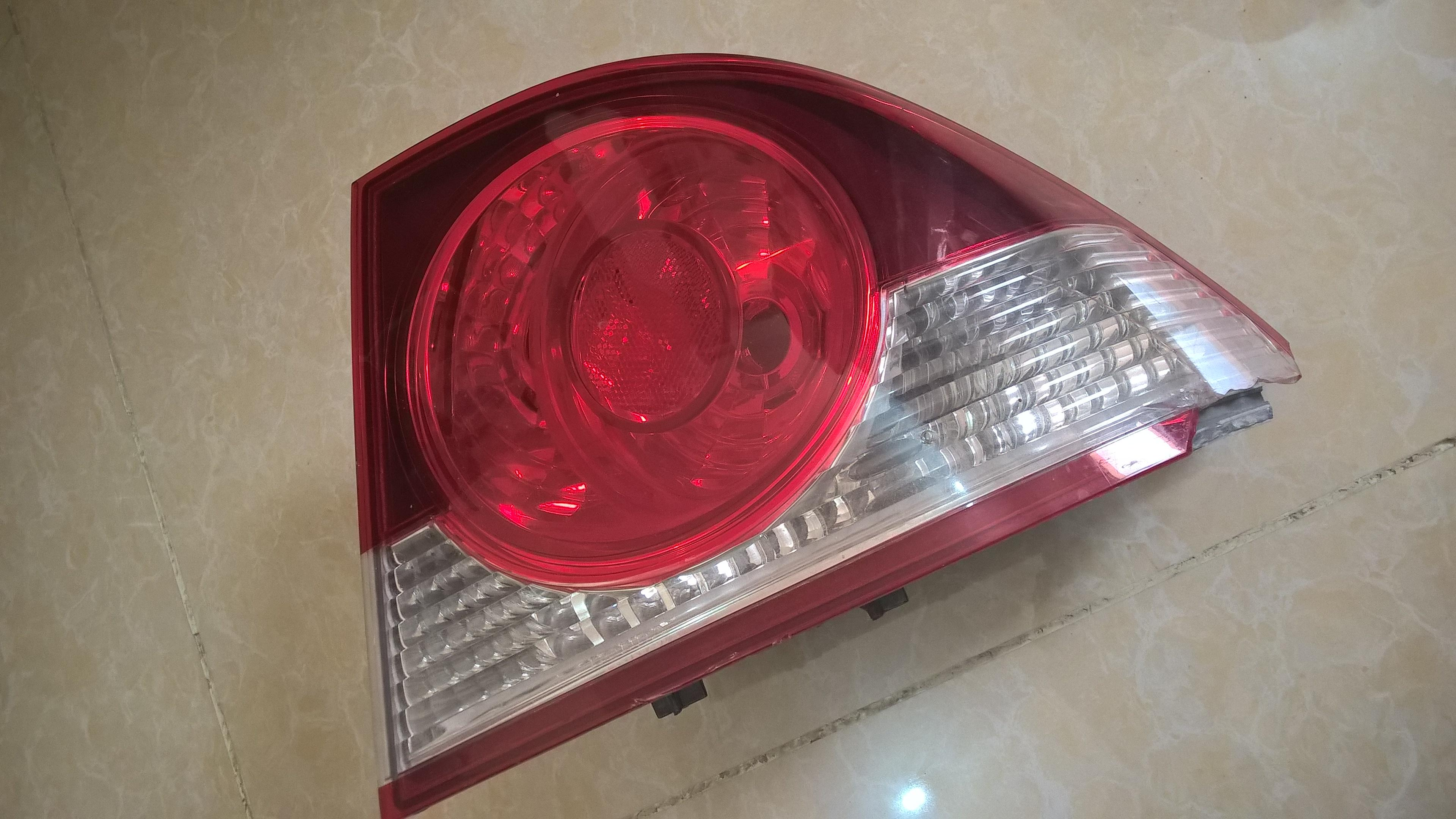 Civic 2006 original used right side tail light