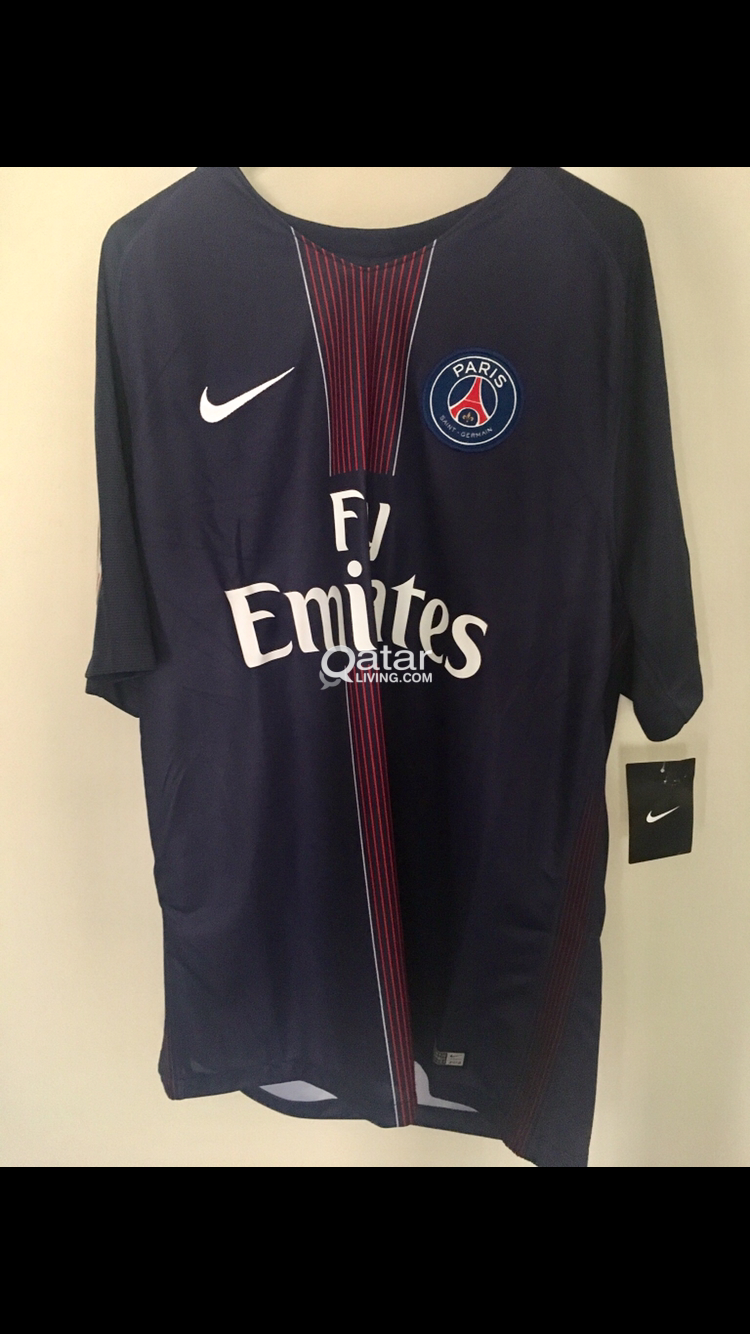the latest e78d1 6441d Paris Saint Germain PSG jersey BRAND NEW 2016/2017 Cavani ...