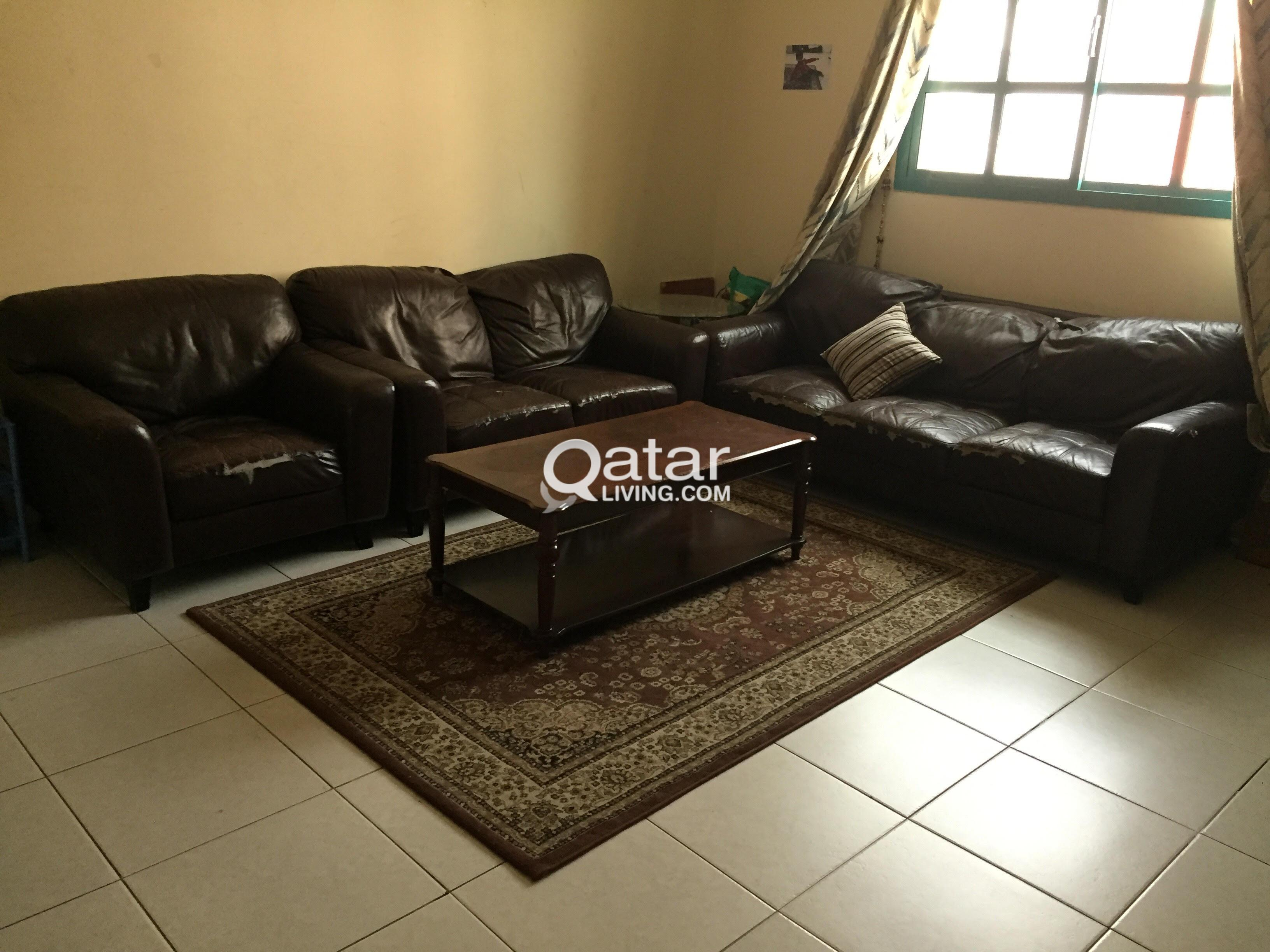 Urgent Sale Home Center Leather Sofa Set 3 2 1 Qatar Living ~ Sofa Set With Center Table