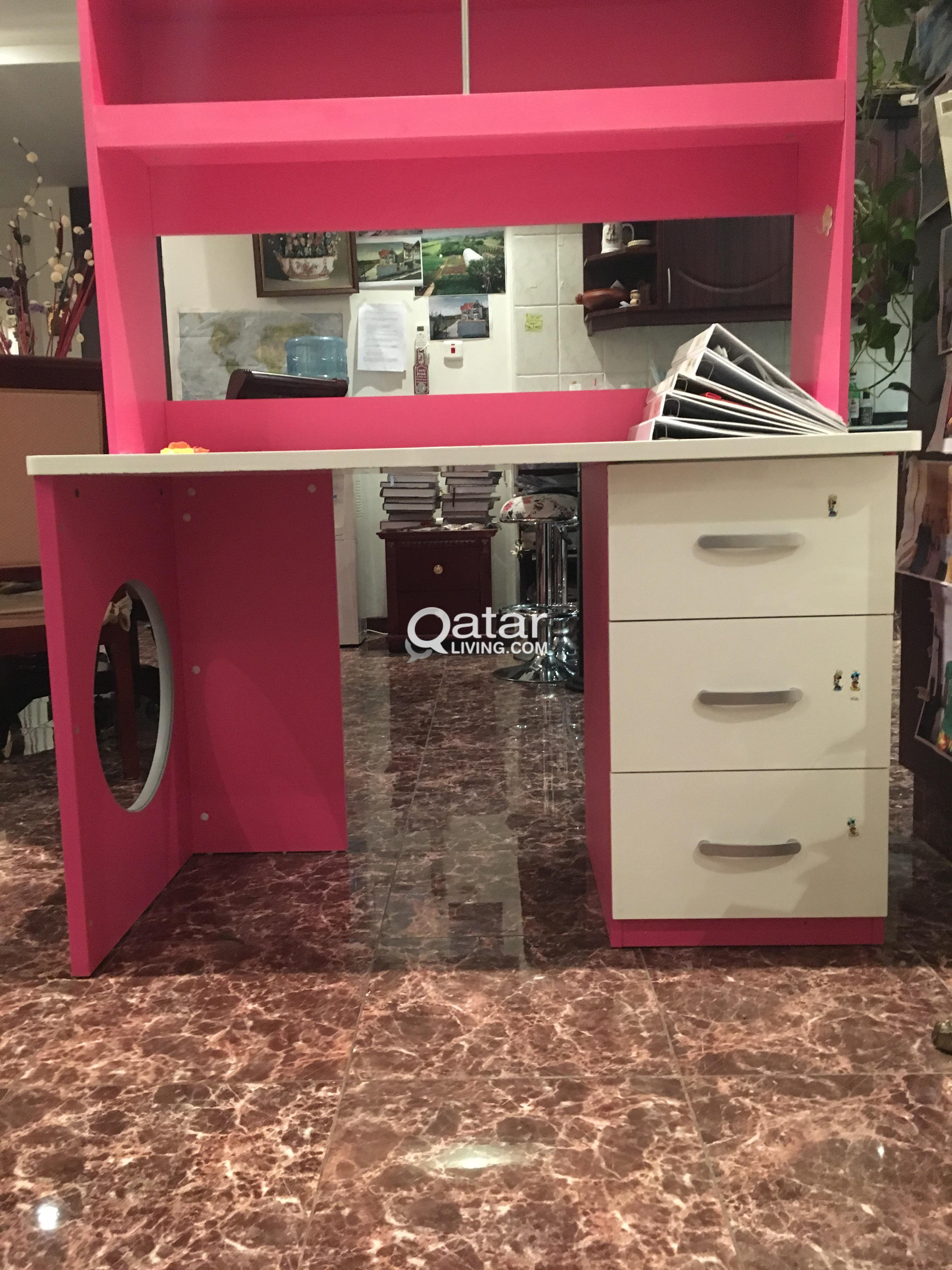 Title Information Pink Desk