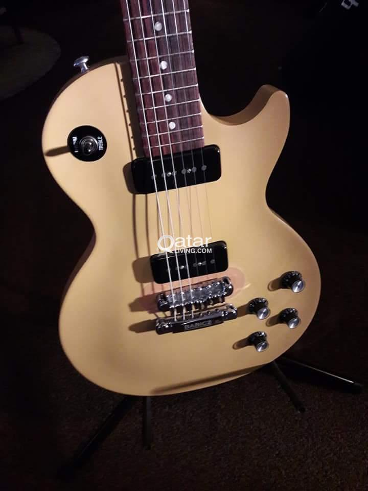 Gibson Melody Maker with Babicz Bridge | Qatar Living