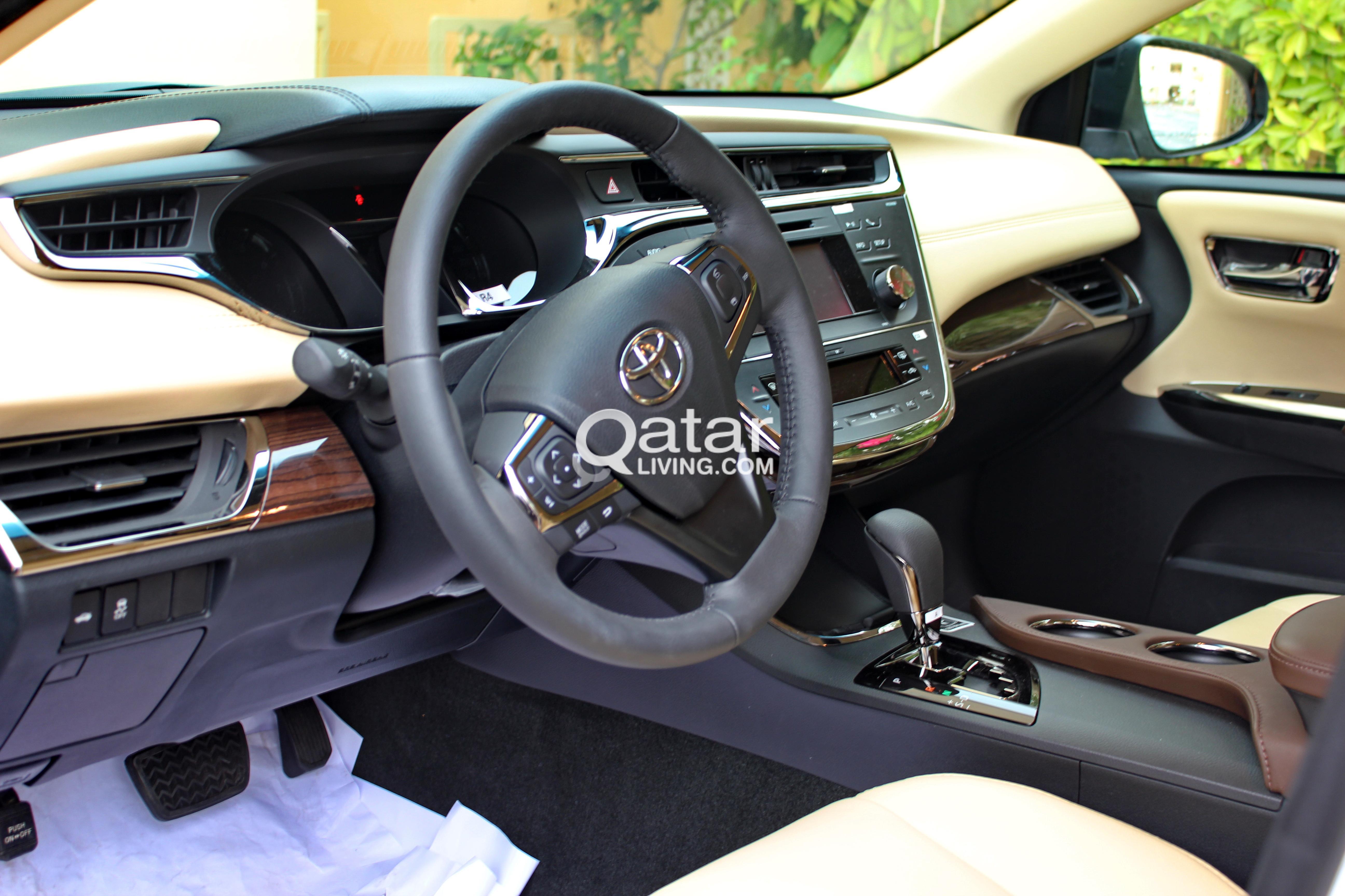 motor toyota hybrid avalon trend news en rear end test limited first