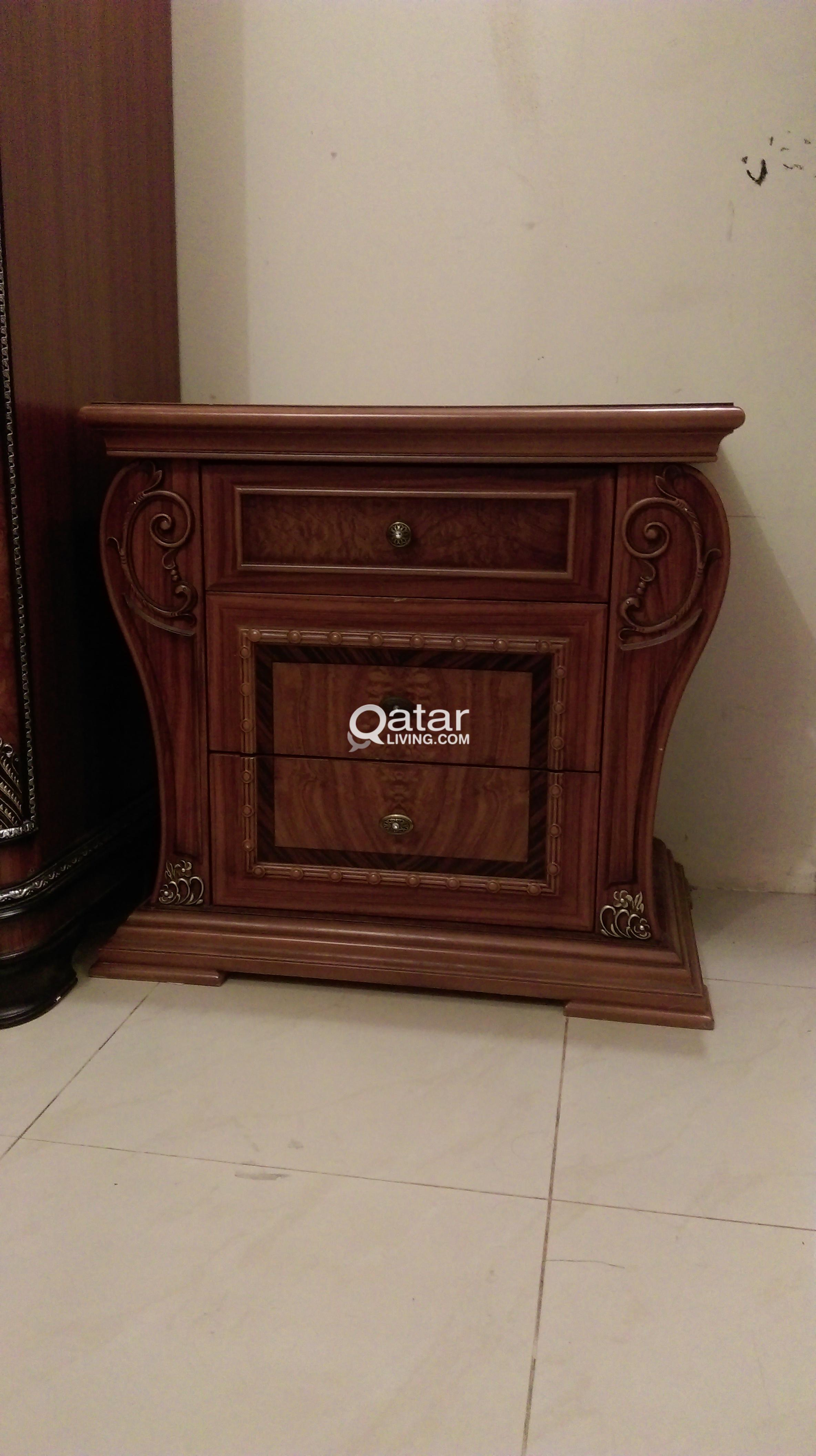 living wood set title furniture sets qatar bedroom solid in items excellent condition