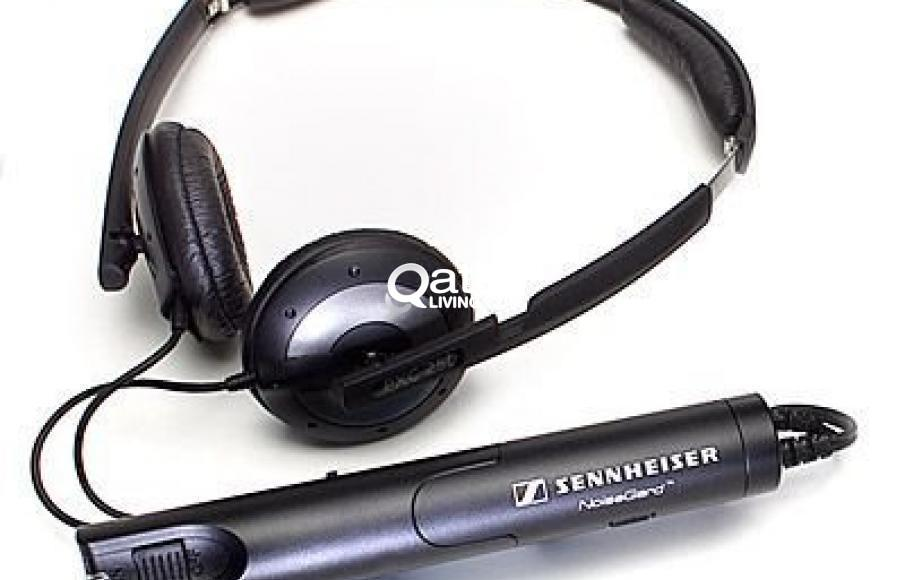 1384376fafe NEW Sennheiser Headphone PXC270. Noiseguard Active Noise Cancellation.