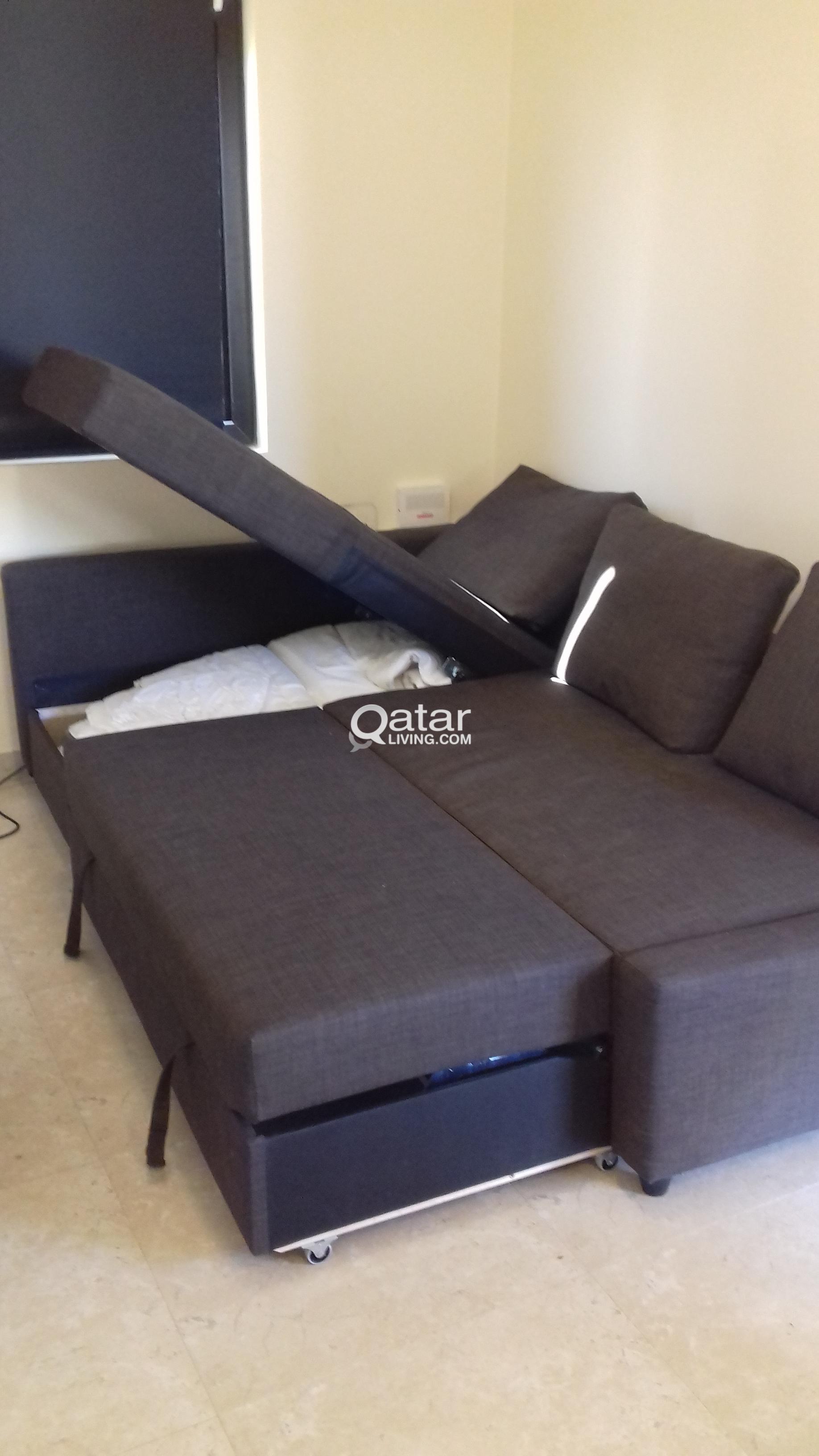 Le Information Corner Sofa Bed