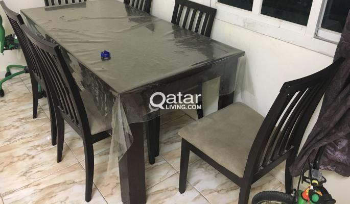 Title Information Dining Table With Chairs For Sale Excellent Condition