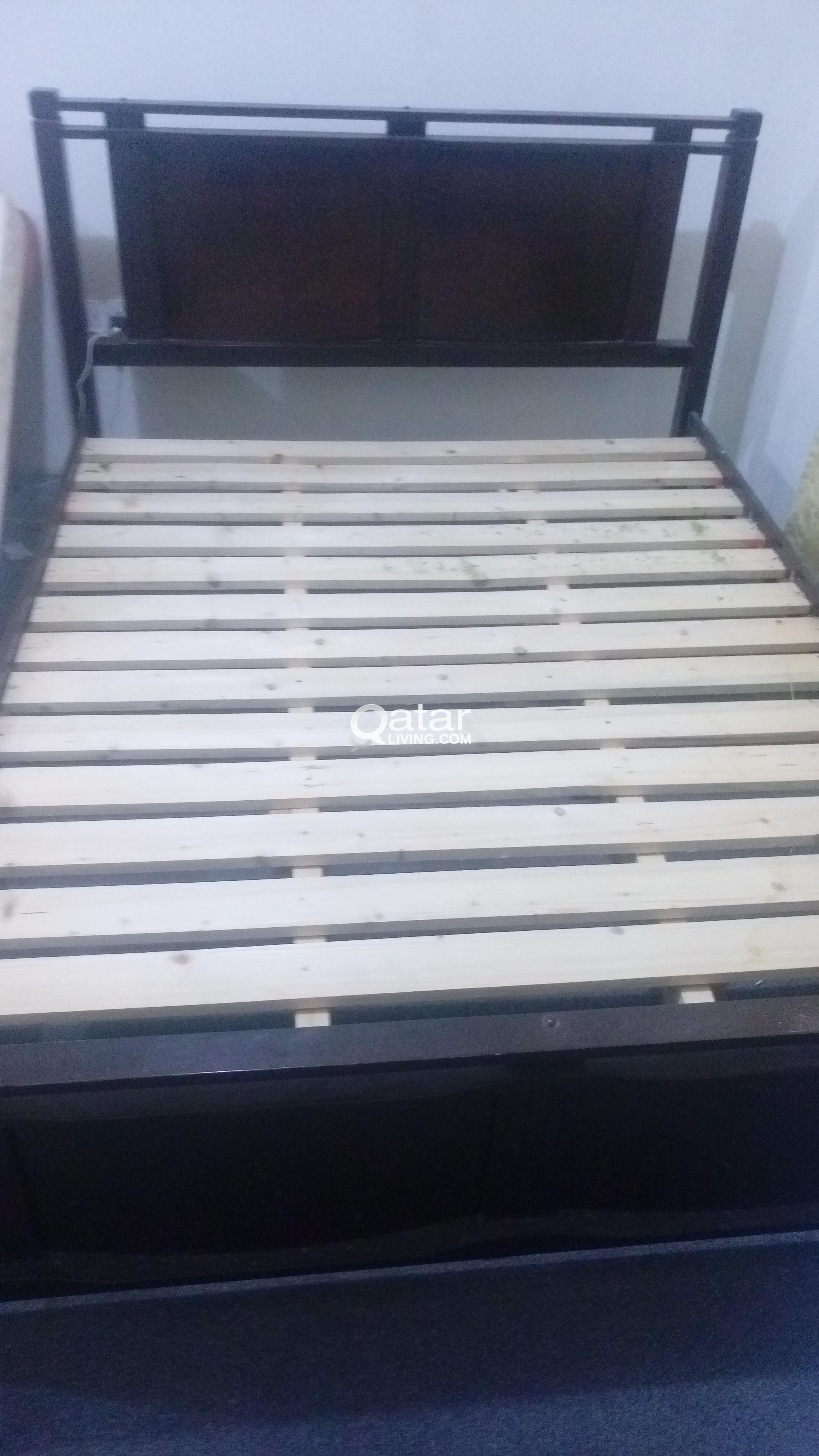 Double Bed Frame Queen size (Home Center) | Qatar Living