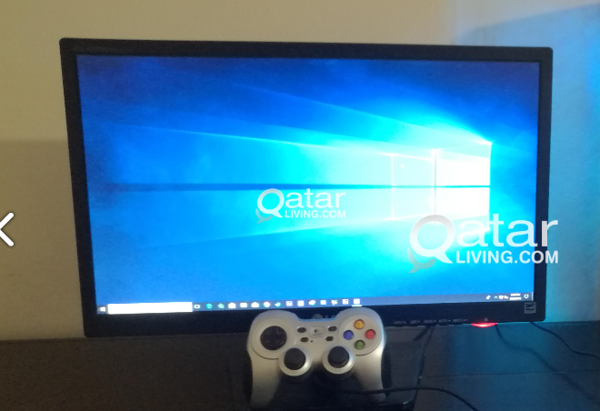 LG 22 inch wide screen LED flatron gaming monitor with game