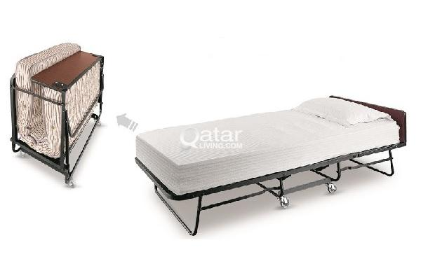 PODIUMS - BABY CHAIRS - BEDS - RACKS | Qatar Living