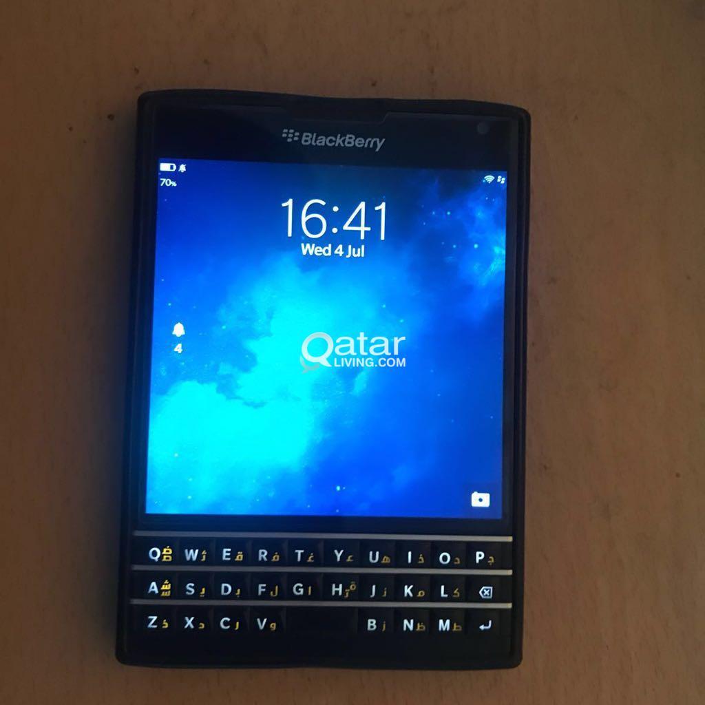 Blackberry passport black colour mint condition s