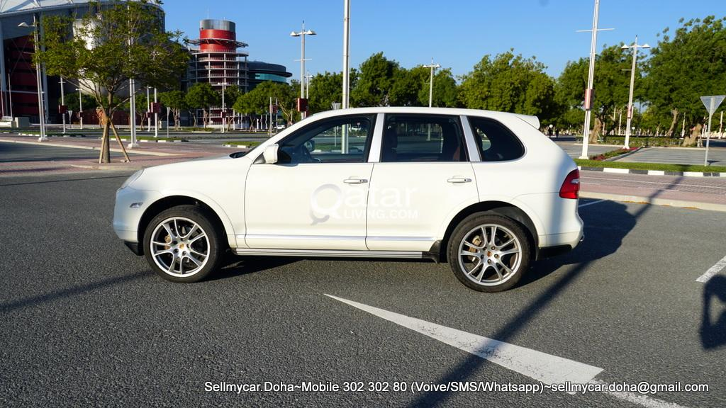 2010 PORSCHE CAYENNE S V8 (Many More Photos Available Upon Request)