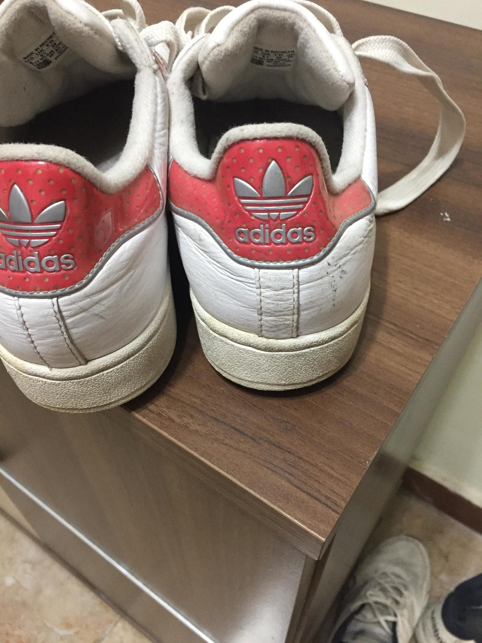 1e4120f725 Adidas shoes excellent condition | Qatar Living